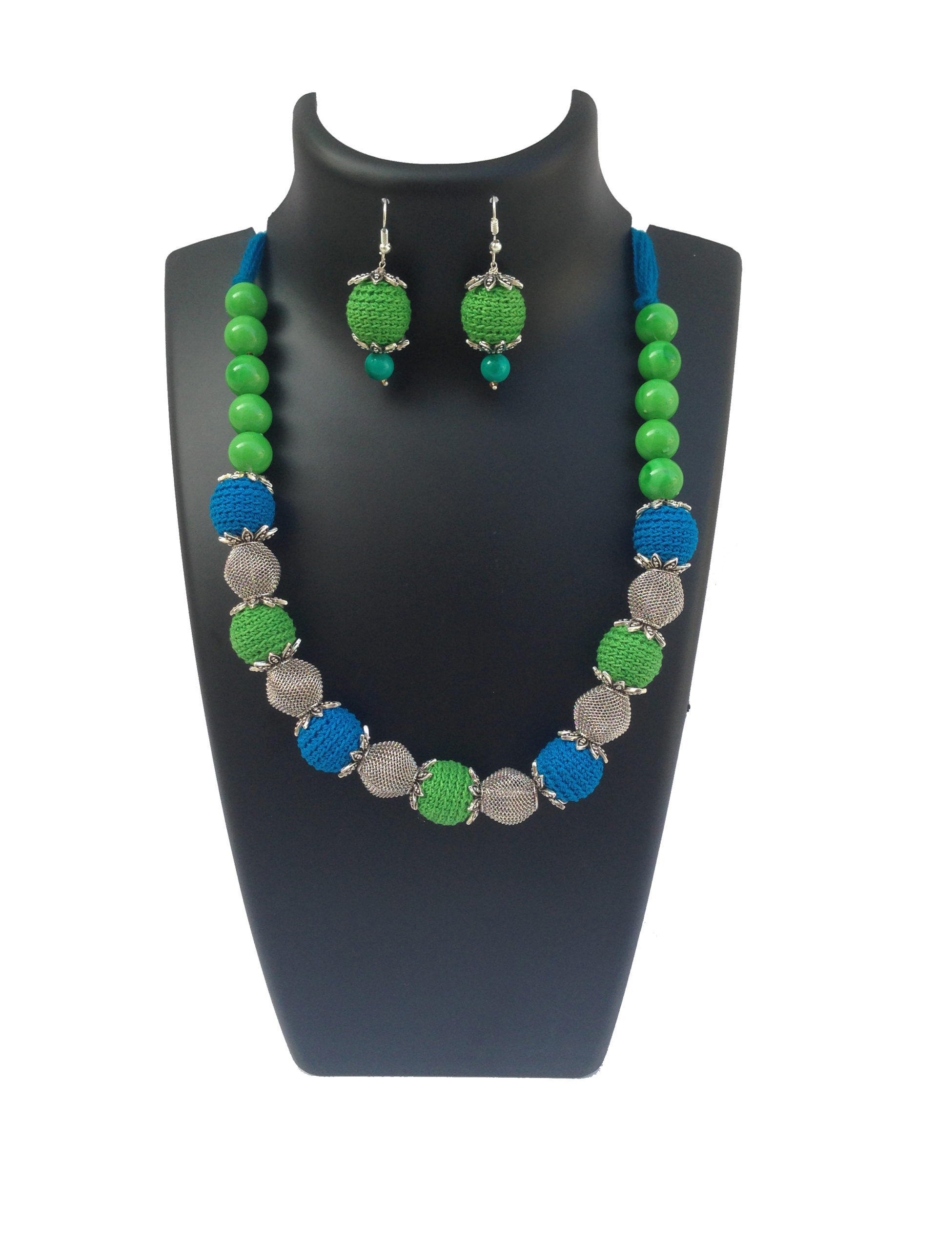 blue-green-necklace
