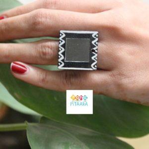 Black Handpainted Mirror Ring Rangpitaara