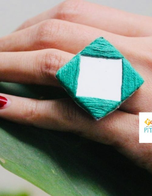 Green Embroidered Mirror Ring Rangpitaara